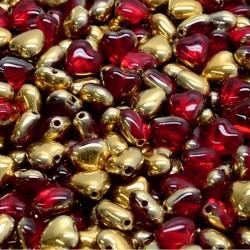 Srdíčka skleněná 6mm 40ks červená, zlatý pokov