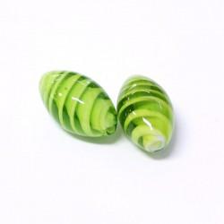 Korálky lampové 24x14mm 2ks zelená